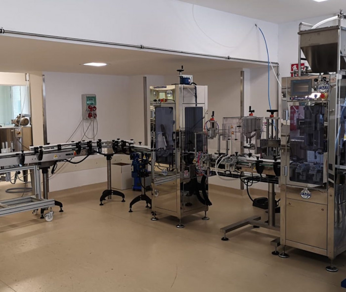Nuovo macchinario per la produzione di soluzioni liquide, creme e gel